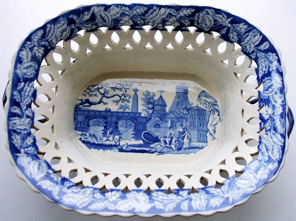 Blue and White River Scene with Fort Chestnut Basket James and Ralph Clews