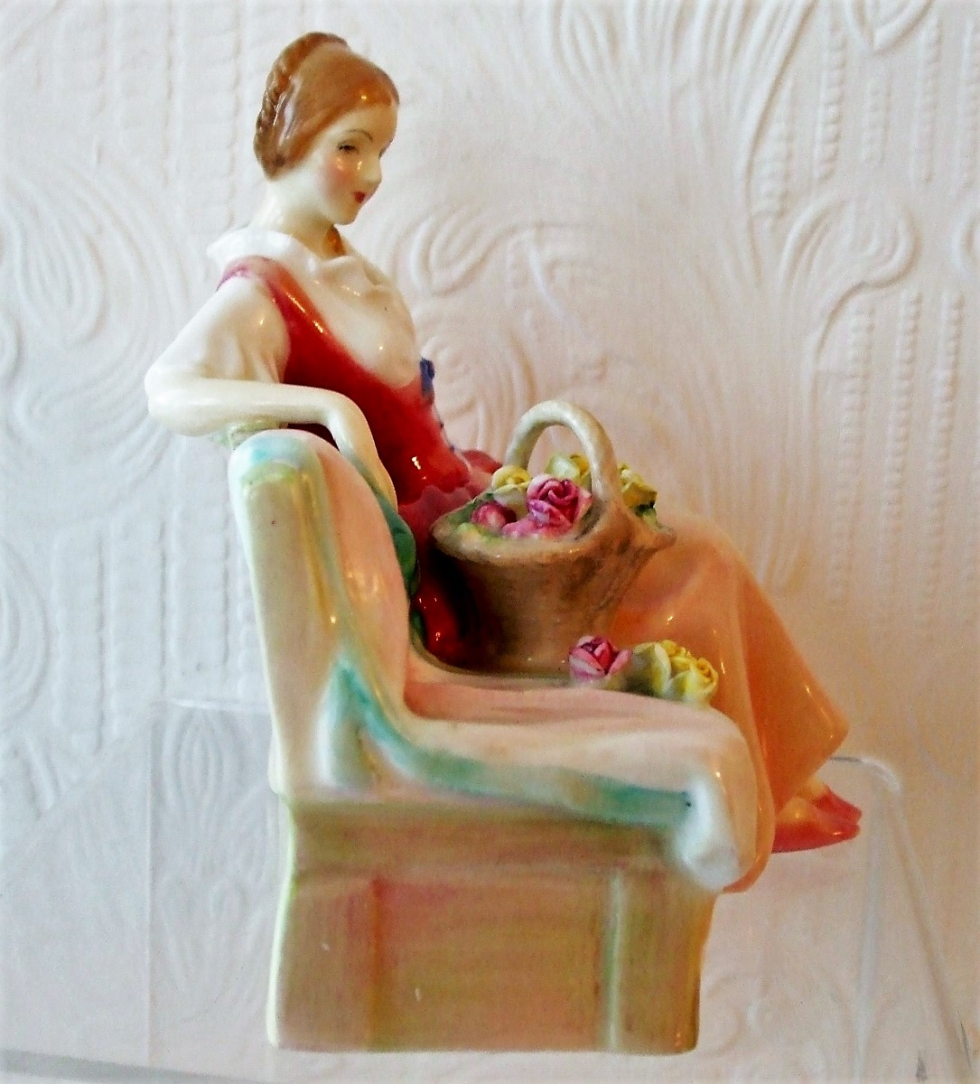 Royal Doulton Figurine Midsummer Noon HN 2033