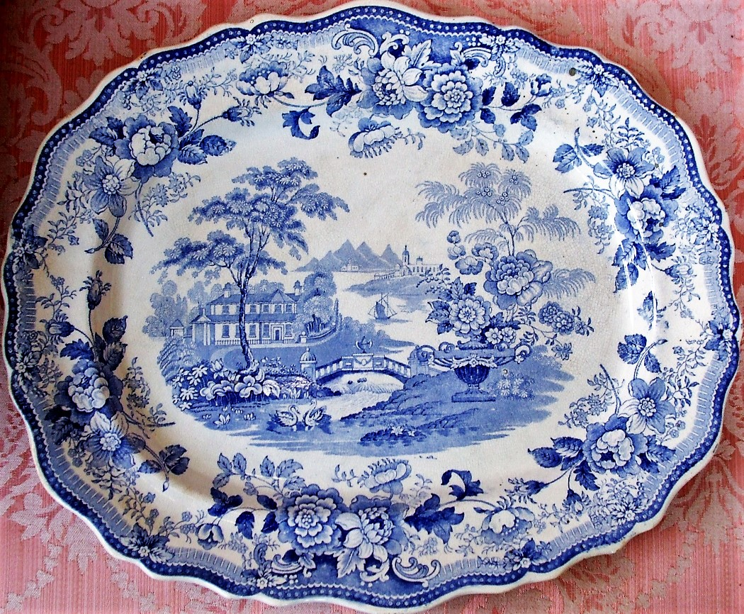 Royal Cottage Serving Dish