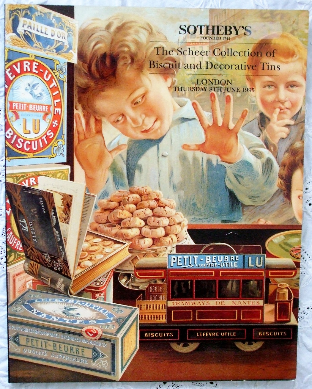 S LN5344 BISCUIT The Scheer Collection of Biscuit and Decorative Tins L 08. 06. 1995
