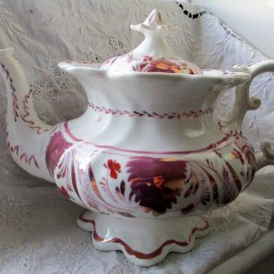 Gaudy Welsh Autumn Leaf Teapot