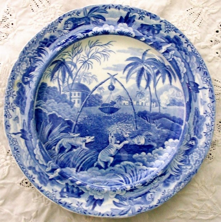 Blue and White Spode Common Wolf Trap Plate